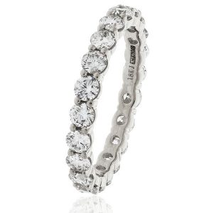 Absolutely delightful full eternity diamond ring