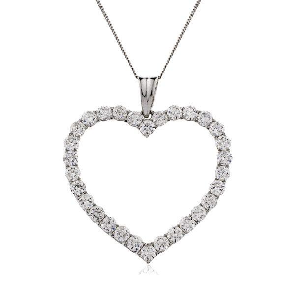 Impressive heart diamond pendant